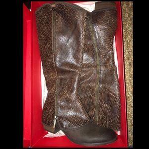 Donald J Pliner Brown Leather Boots